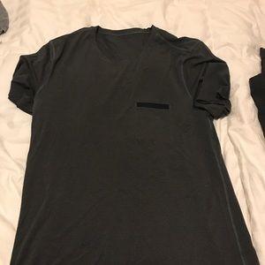 Men's lululemon active shirt